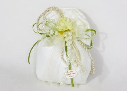 Bomboniera Sacchetto Raso Con Fiore E Perle