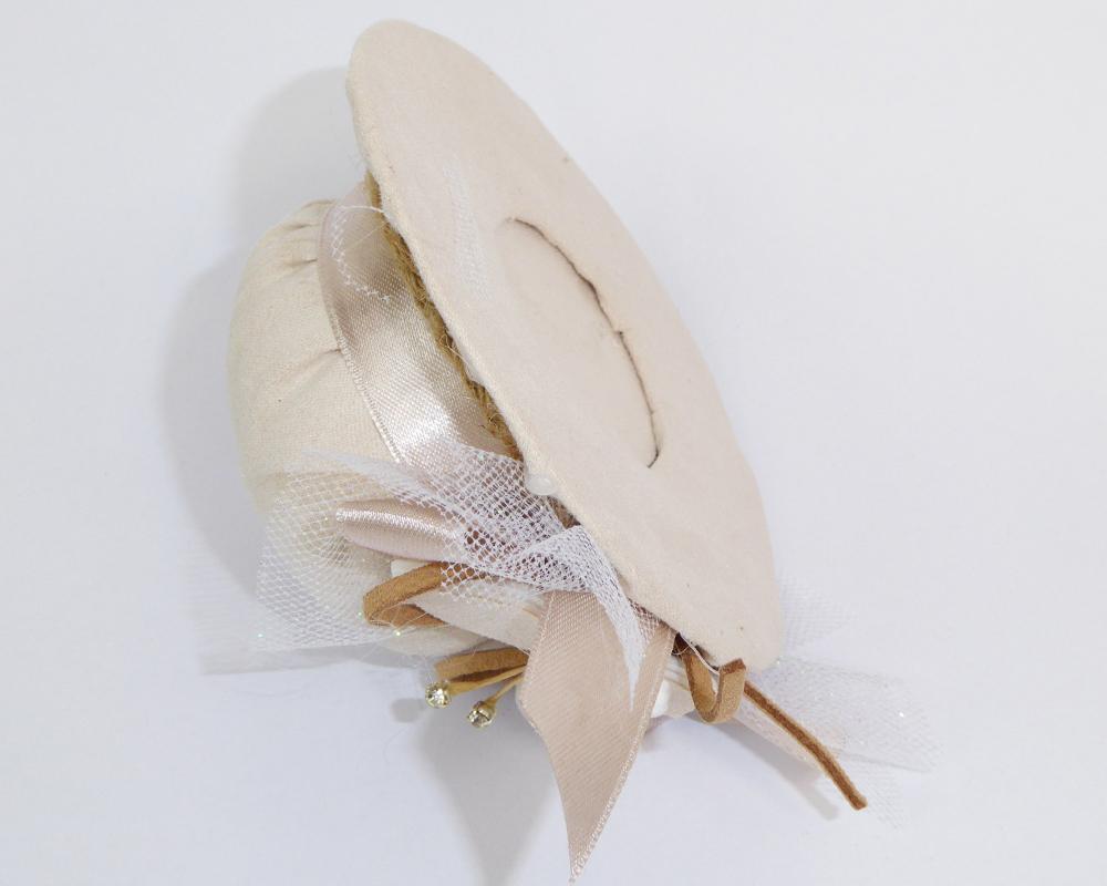 Bomboniera Cappello 10x5 Cm In Tessuto C/farfalla E Tulle Glitter